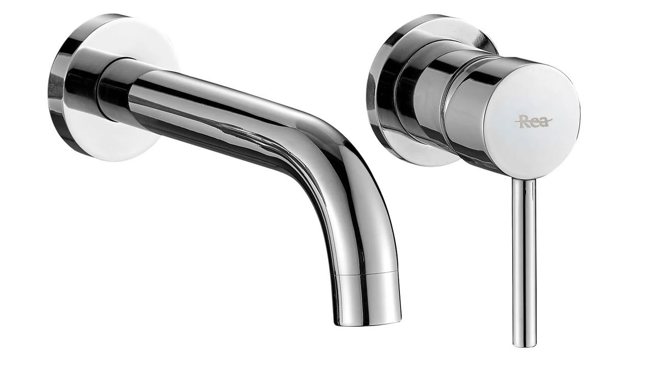Wall Mounted faucet Rea Lungo Chrome + BOX